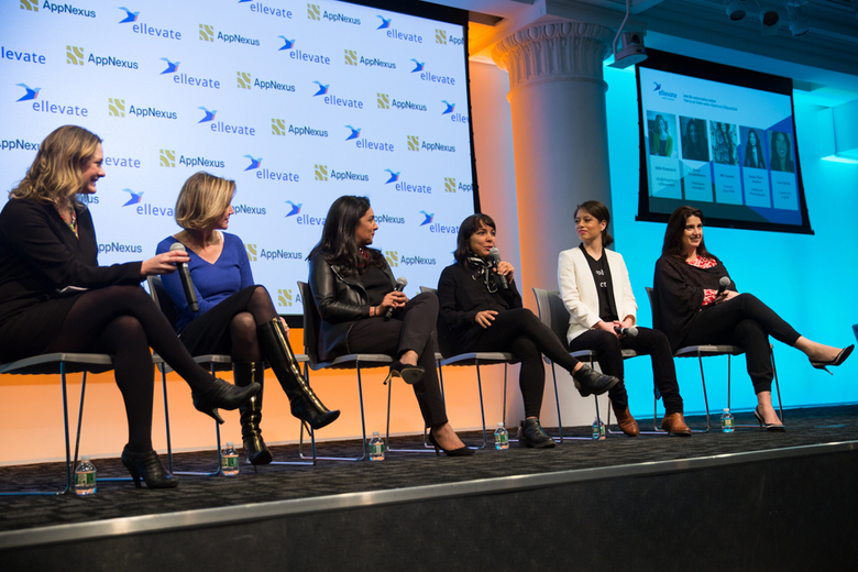 ¿Qué hacemos para potenciar la igualdad de género y empoderar a mujeres yniñas?