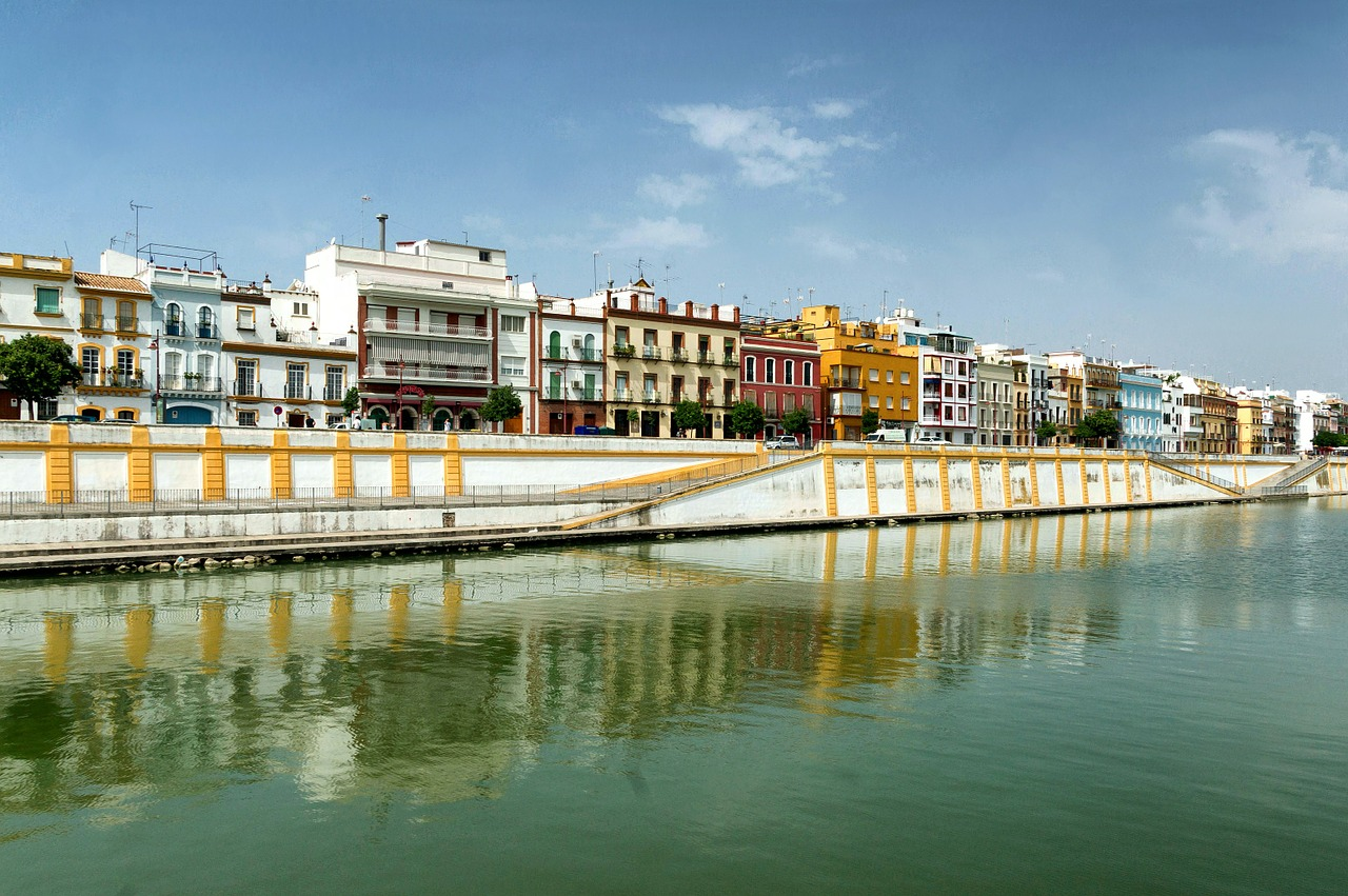 seville-106851_1280