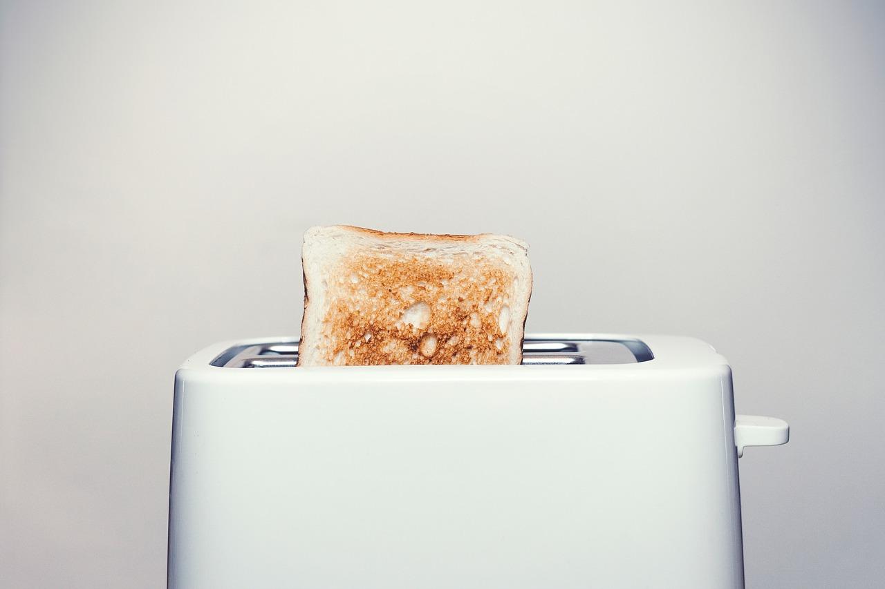 toaster-2617854_1280