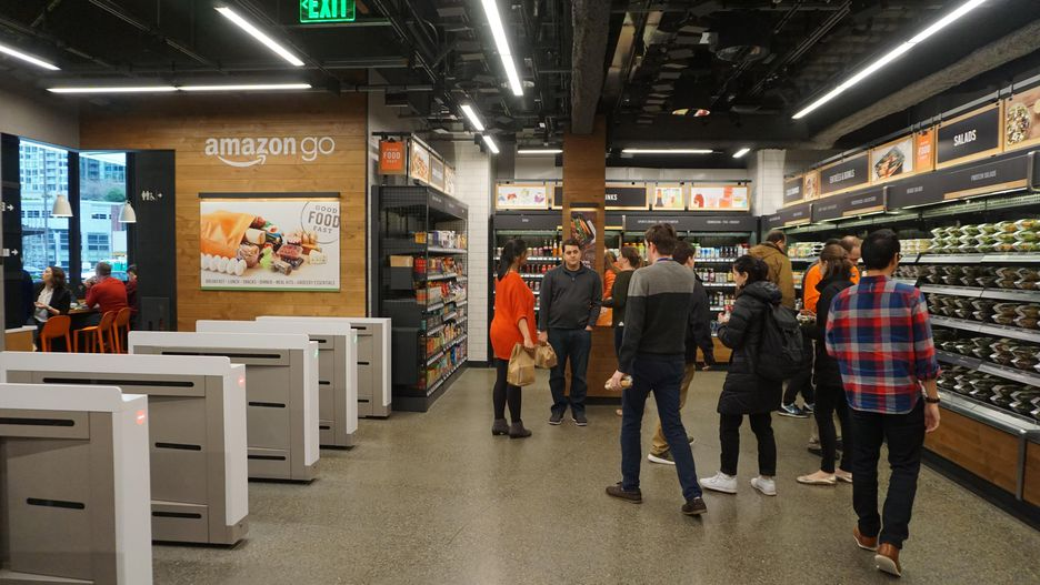 amazon-go-crowded-store.jpg