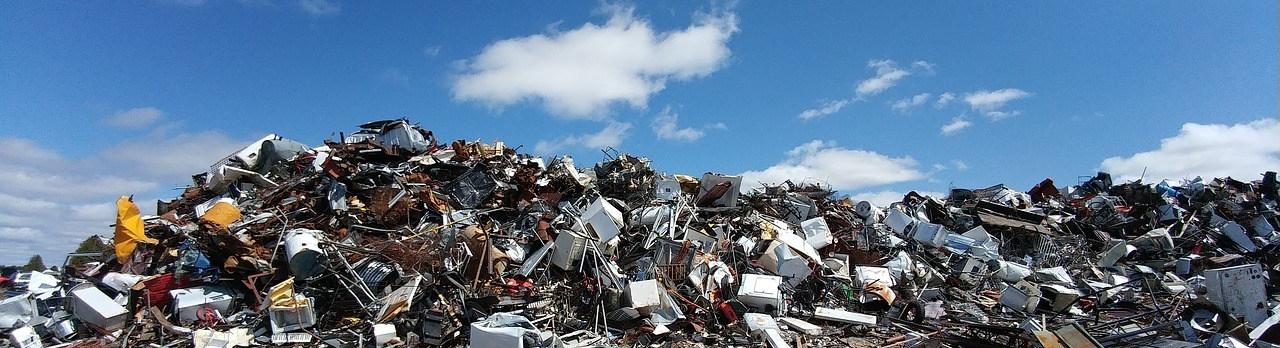 scrapyard-2441432_1280